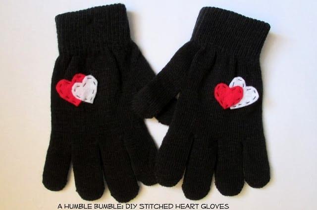 AHumbleBumbleHeartGloves4