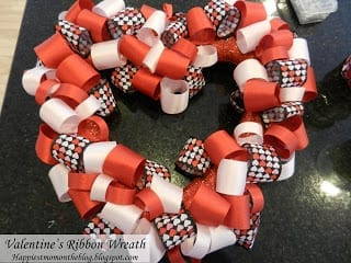 Val ribbon wreath, feb 2013b