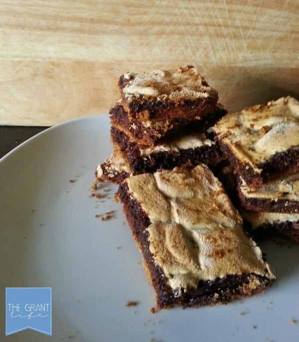 smores brownie bars - perfect for summer