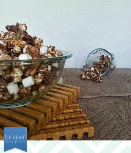delicious smores popcorn
