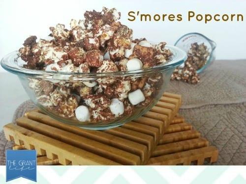 easy homemade recipes smores popcorn via thegrantlife.com