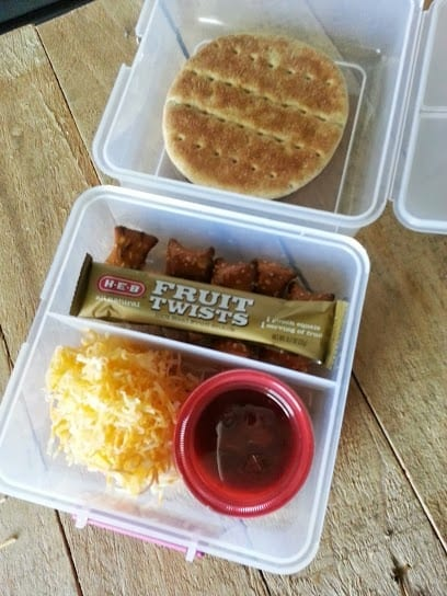 Back to School Lunch Idea: Mini Pizza