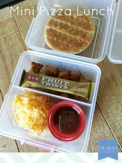 mini pizza lunchable copy cat