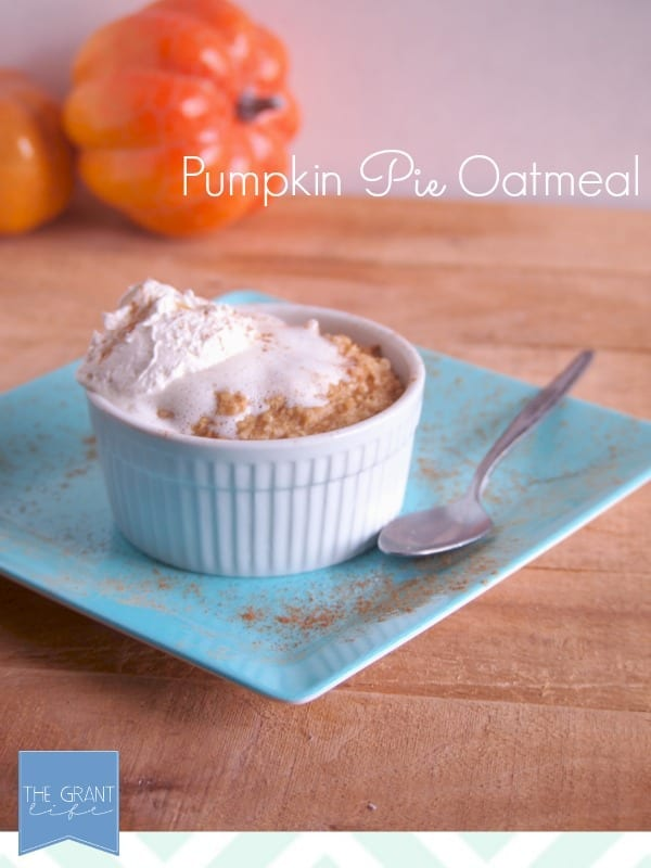 Pumpkin Pie Oatmeal - Wow! This looks so easy to make!