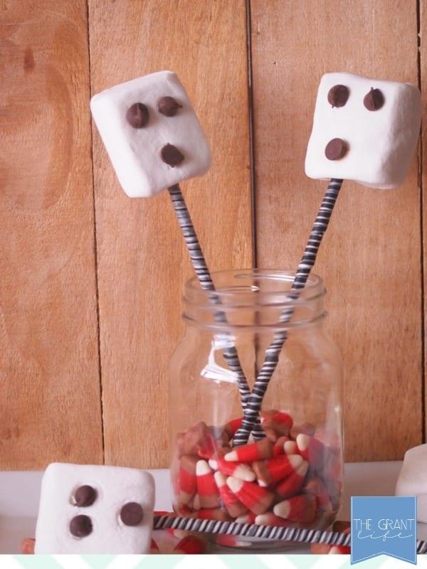 Easy Halloween snack for kids - marshmallow ghost pops