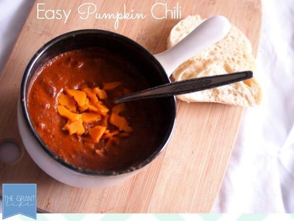 Easy Pumpkin Chili Recipe via thegrantlife.com