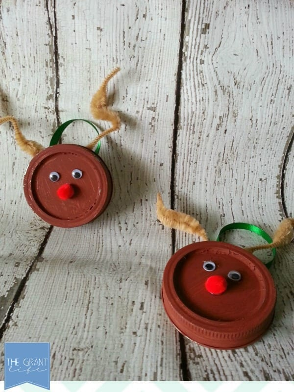 easy reindeer mason jar lid ornament