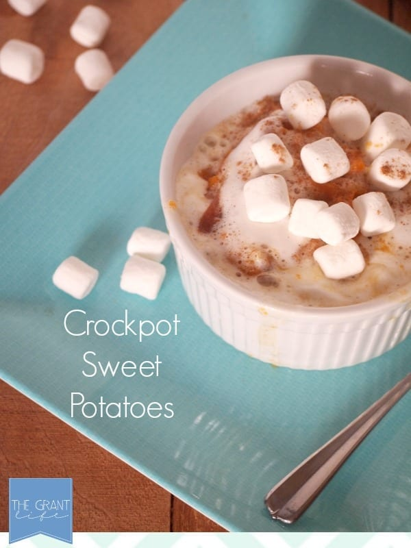 Easy-crockpot-sweet-potatoes.-Perfect-for-a-busy-Thanksgiving-dinner-