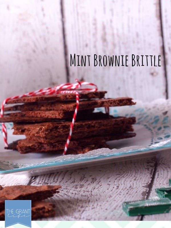 Mint brownie brittle so easy!