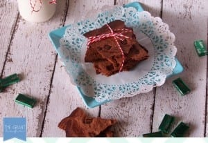 So easy!  Mint brownie brittle.