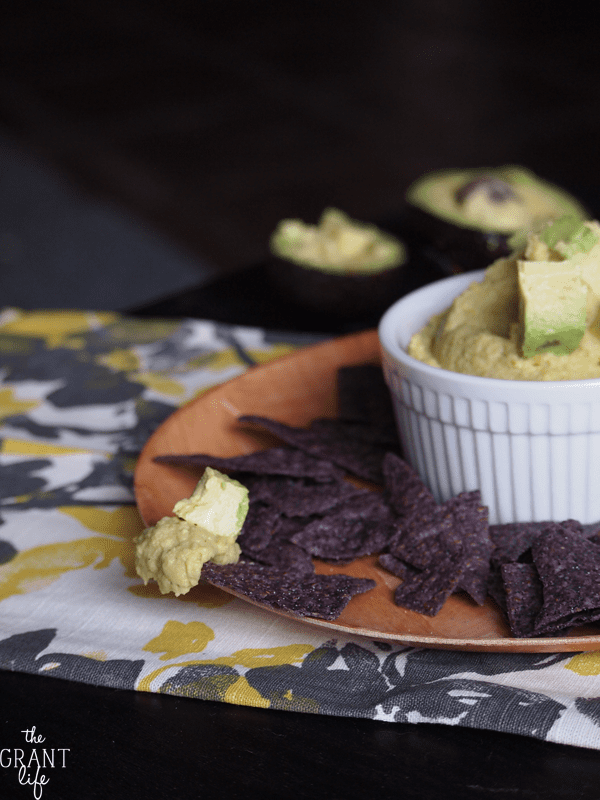 Easy avocado hummus recipe