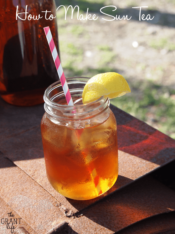 How to make sun tea - aka the only way to make tea in the summer!