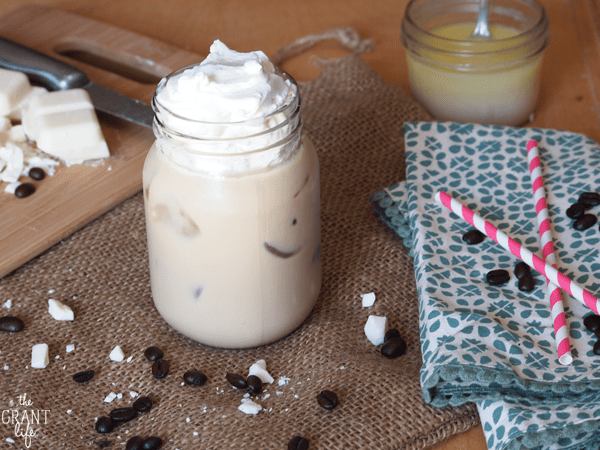 Iced white chocolate mocha - starbucks copycat drink recipe