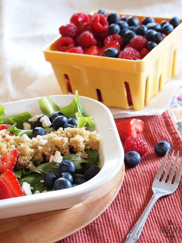 berry quinoa salad