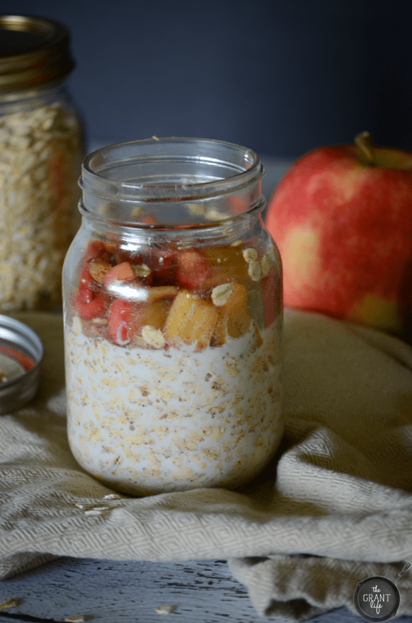 Easy apple pie overnight oatmeal recipe
