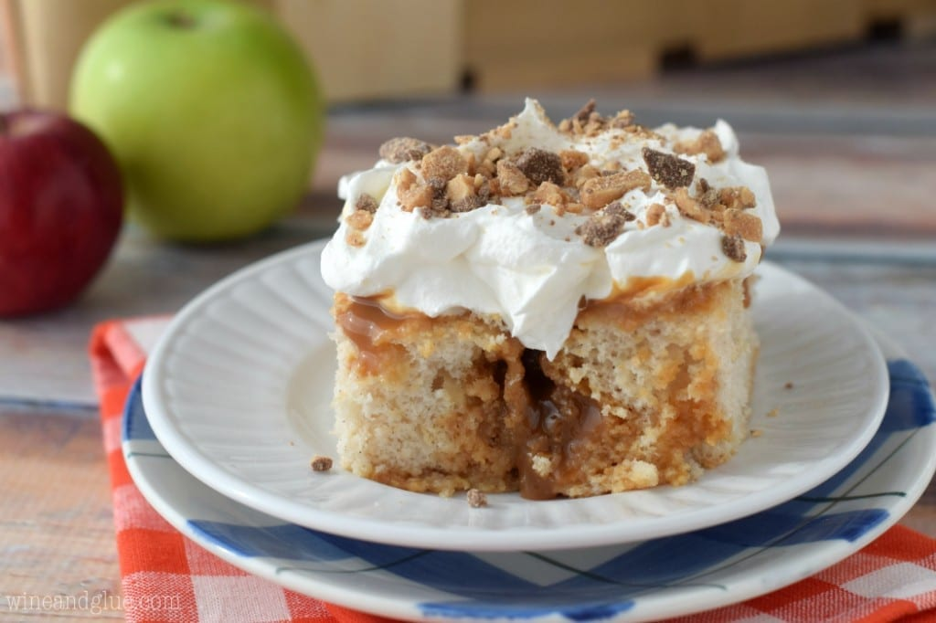 caramel_apple_poke_cake_3