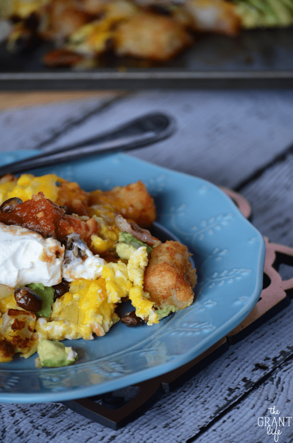 Loaded breakfast totchos - such an awesome breakfast idea!