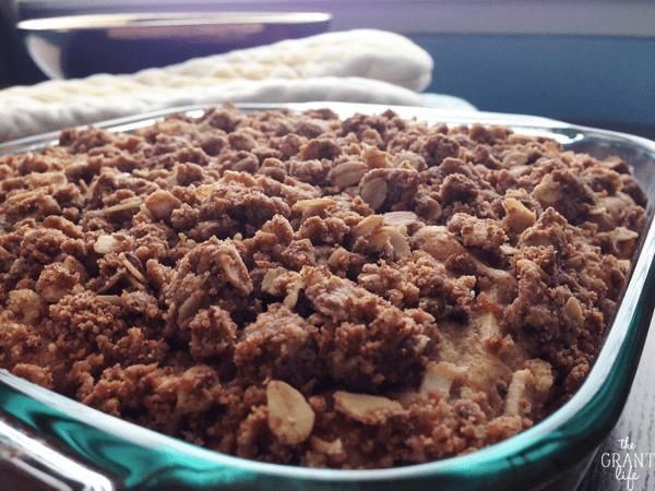 A delicious apple walnut crumb cake recipe