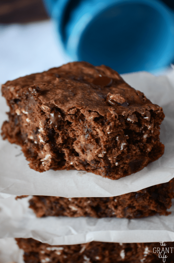 Chewy oatmeal and chocolate chip brownie recipe
