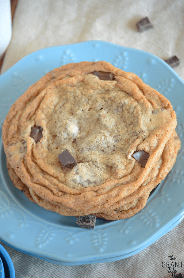 Copycat starbucks chocolate chunk cookie recipe - no seriously!