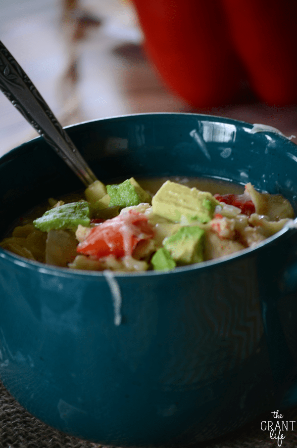 Must try this crock pot chicken fajita soup!