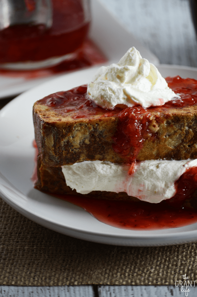 Check out this delicious strawberry shortcake french toast recipe!