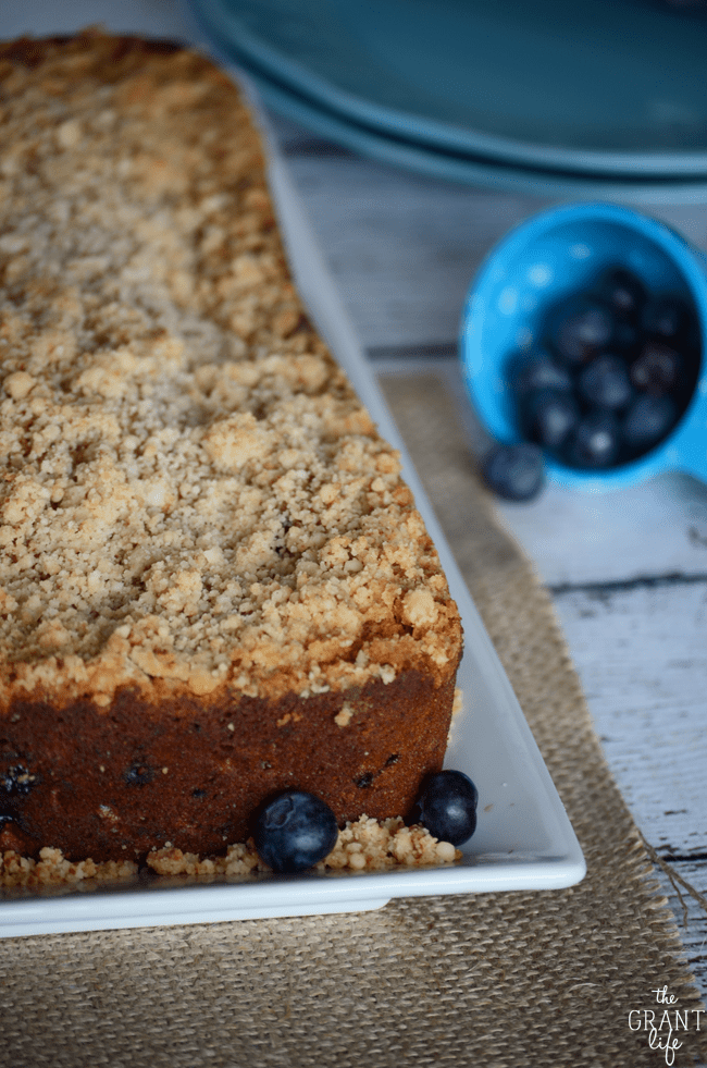 Easy blueberry banana bread