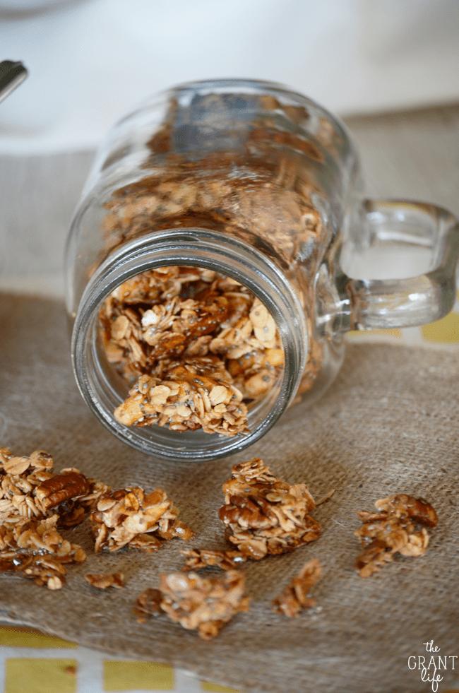 Easy salted caramel granola recipe!