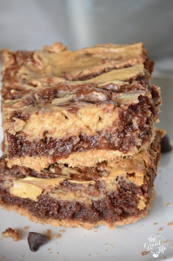 Delicous-cappuccino-cream-cheese-brownies-678x1024
