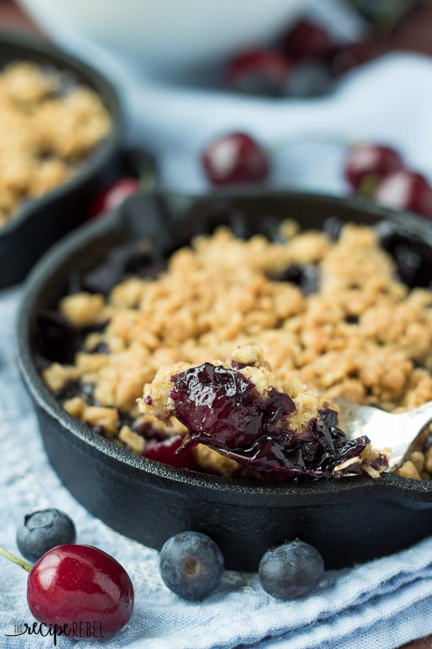 Dessert – Berry crisp // I love this because you can use any berry ...