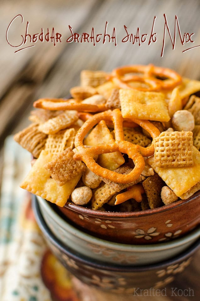 Cheddar Sriracha Snack Mix - great for throwing in the lunchbox!