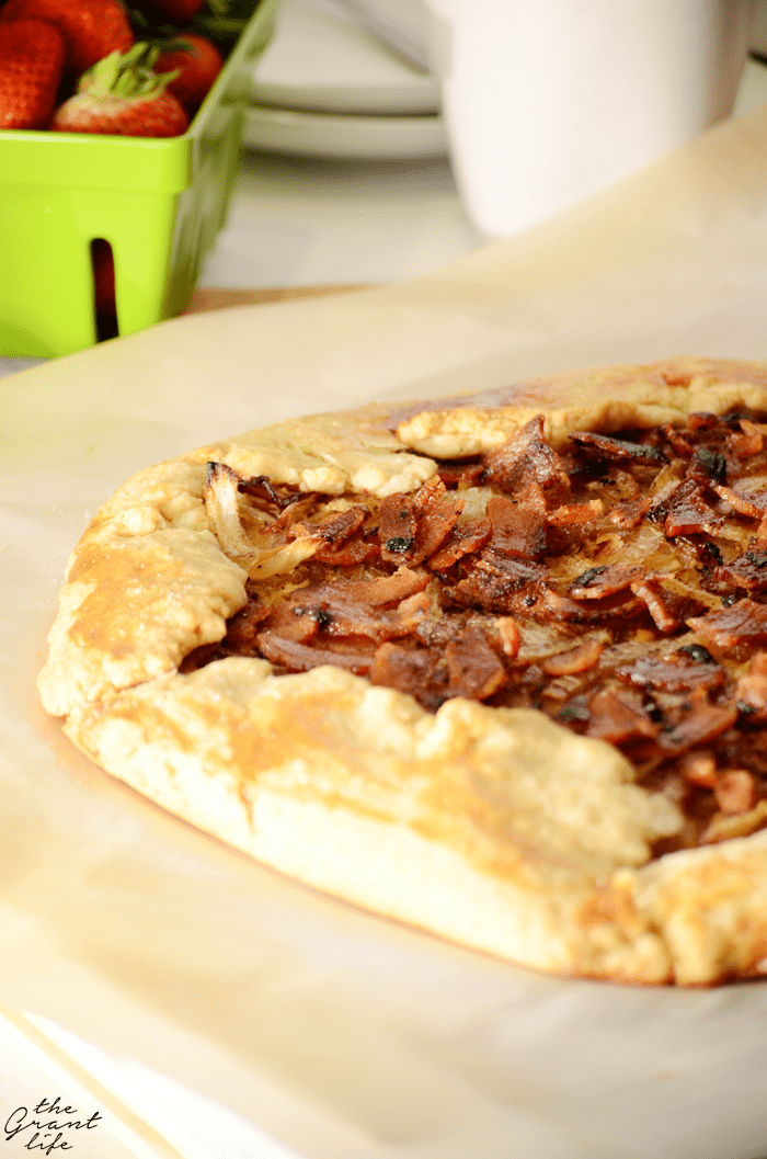 Easy bacon onion tart filled with crispy bacon