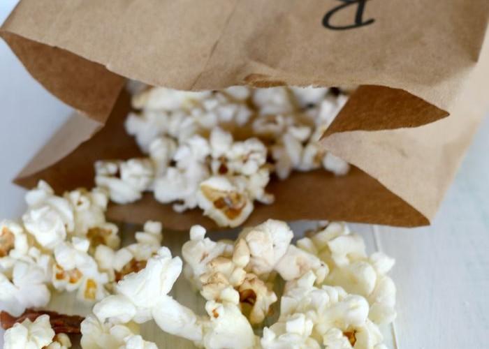 Homemade bacon fat microwave popcorn