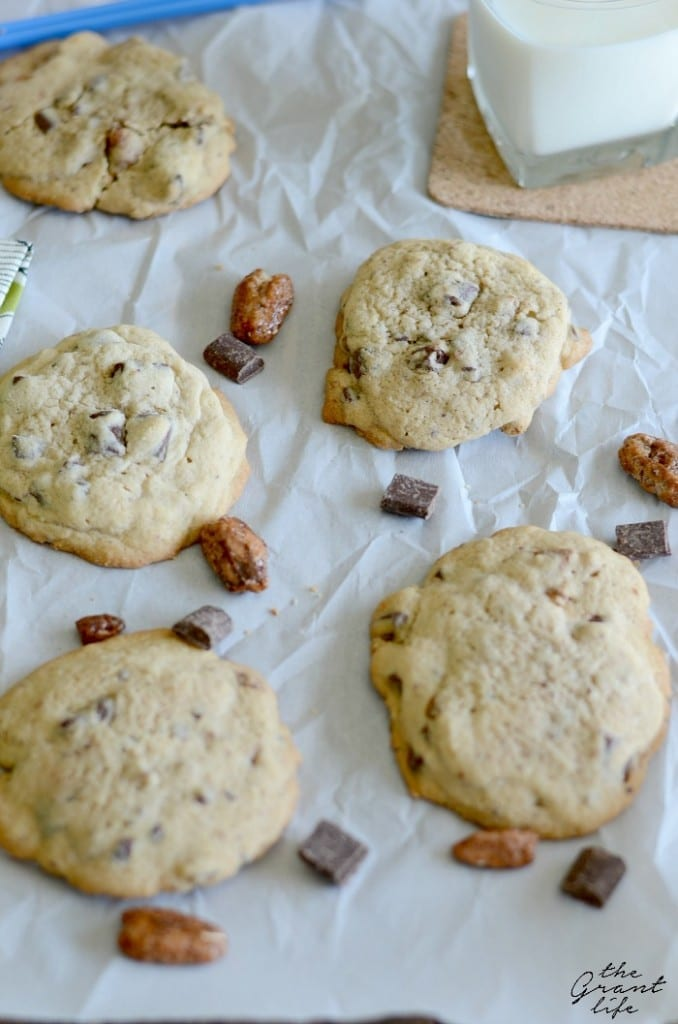 ... good chocolate chip cookie? Good now toss in some praline pecans