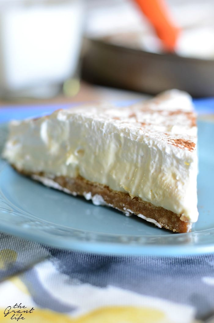 French vanilla silk pie! Perfect for the holiday! NO BAKE!