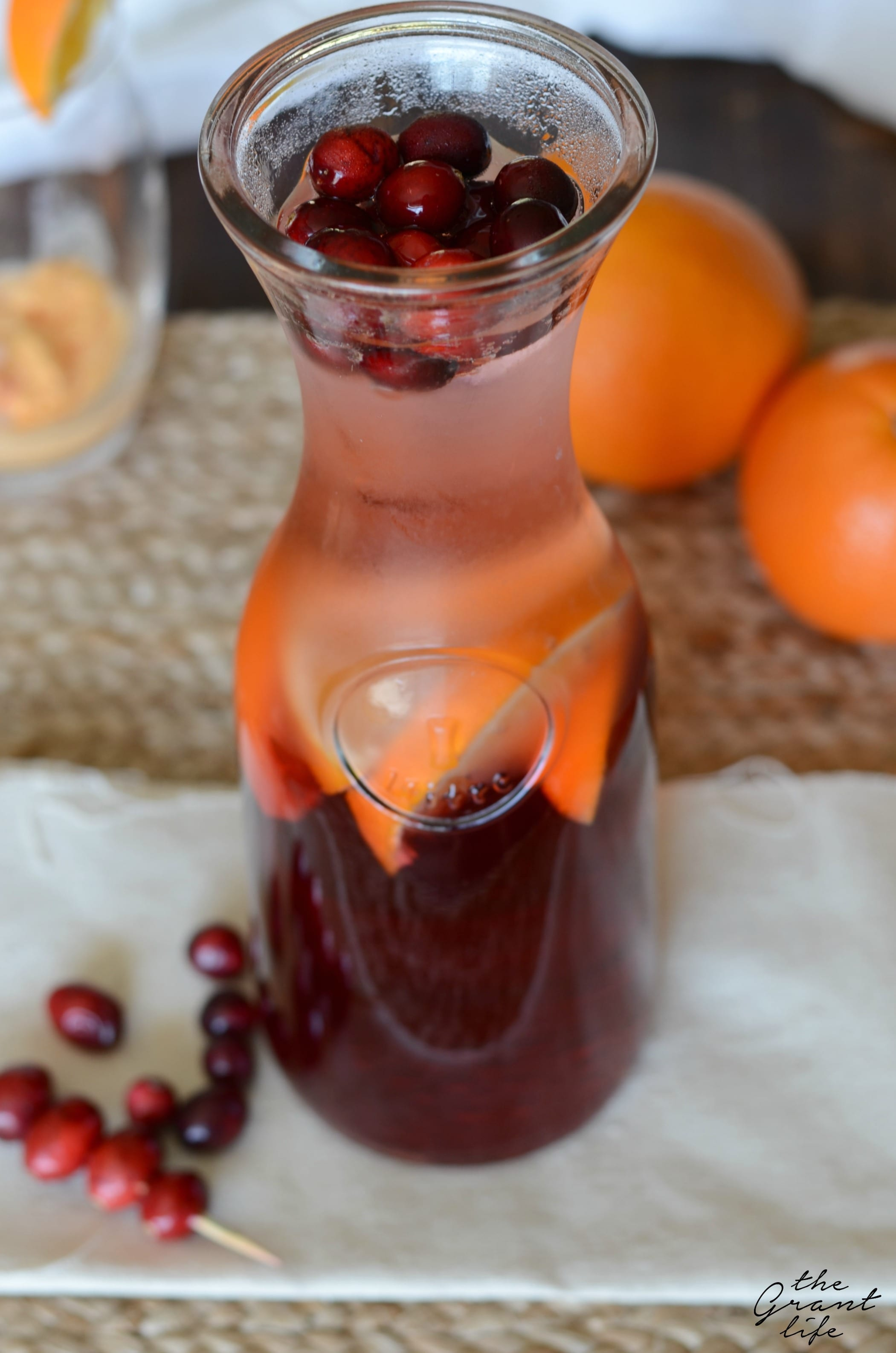 Easy sparkling cranberry punch recipe