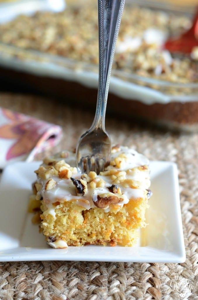 Easy carrot sheet cake recipe