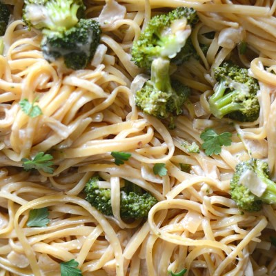 One pan broccoli Alfredo pasta