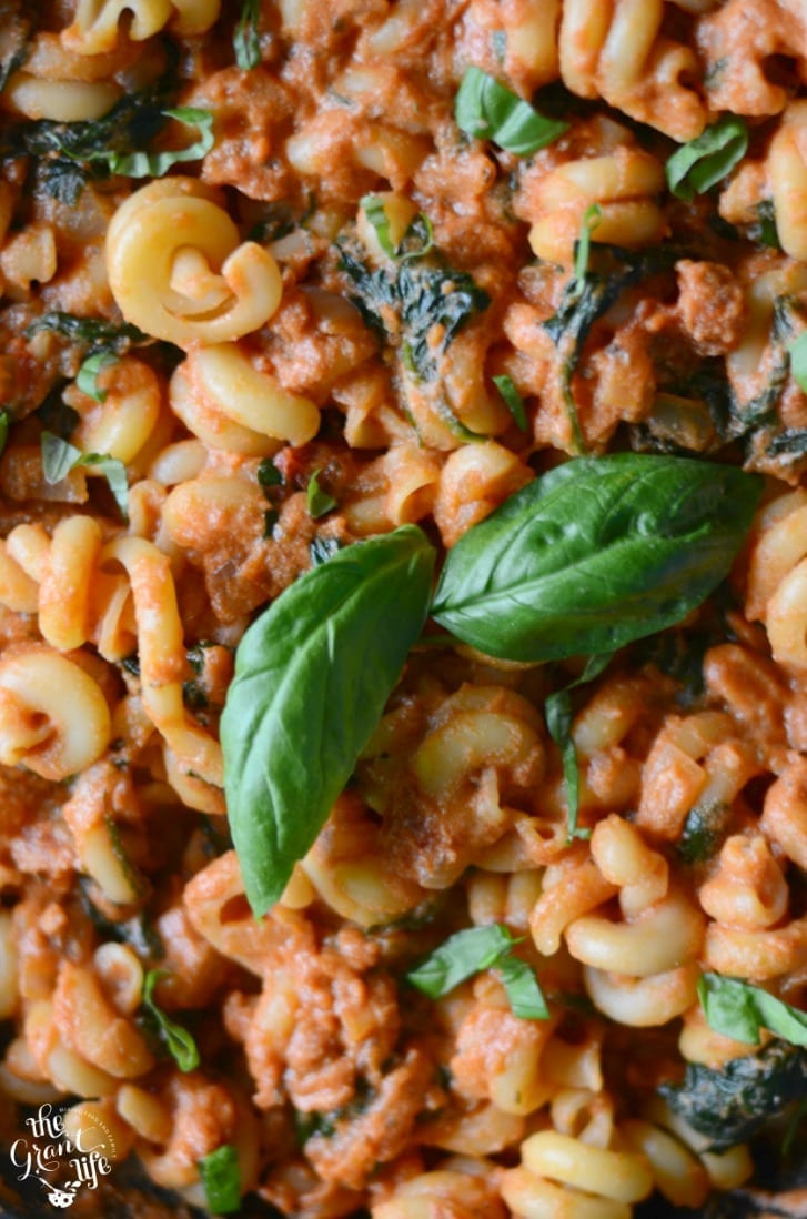 Easy tomato and spinach pasta dinner