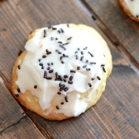 Iced ricotta cookies