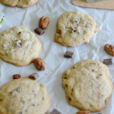 Pecan praline chocolate chip cookies