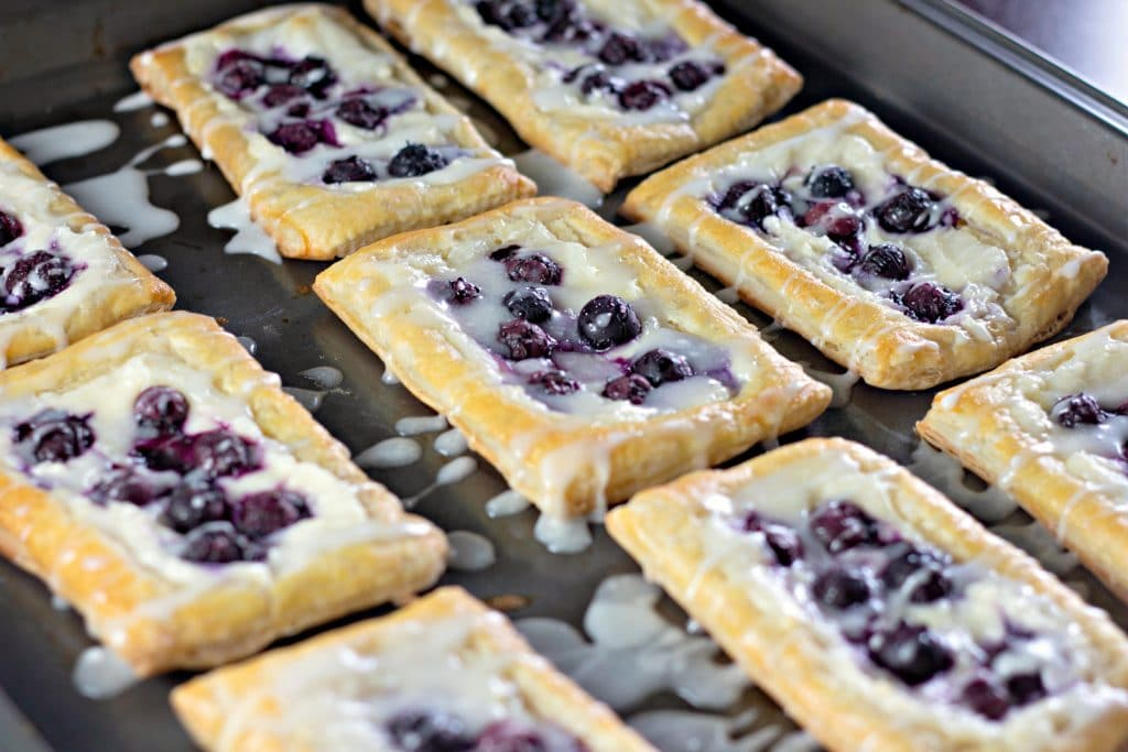 The best blueberry danishes with frosting
