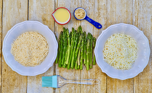 cheesy baked asparagus ingredients