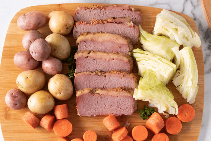 easy slow cooker corned beef recipe