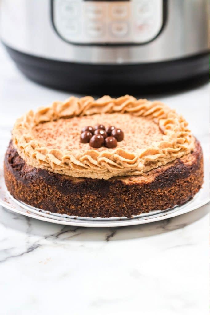 Instant pot tiramisu cheesecake