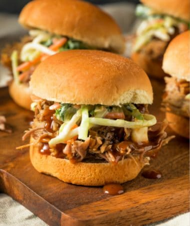 easy crockpot pulled pork sliders