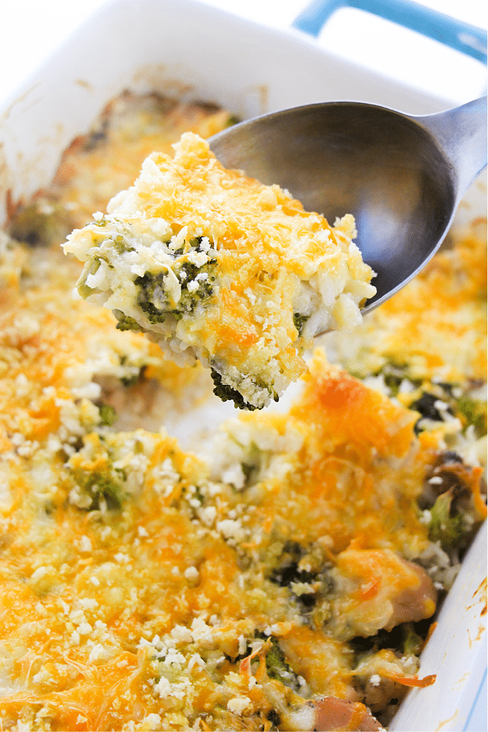 Cheesy Chicken Broccoli Rice Casserole easy