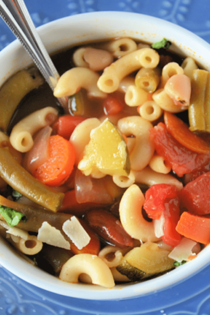 easy minestrone soup recipe to make at home