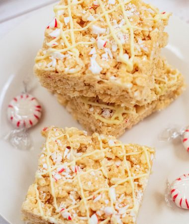 White chocolate rice krispie treats (12 of 14)