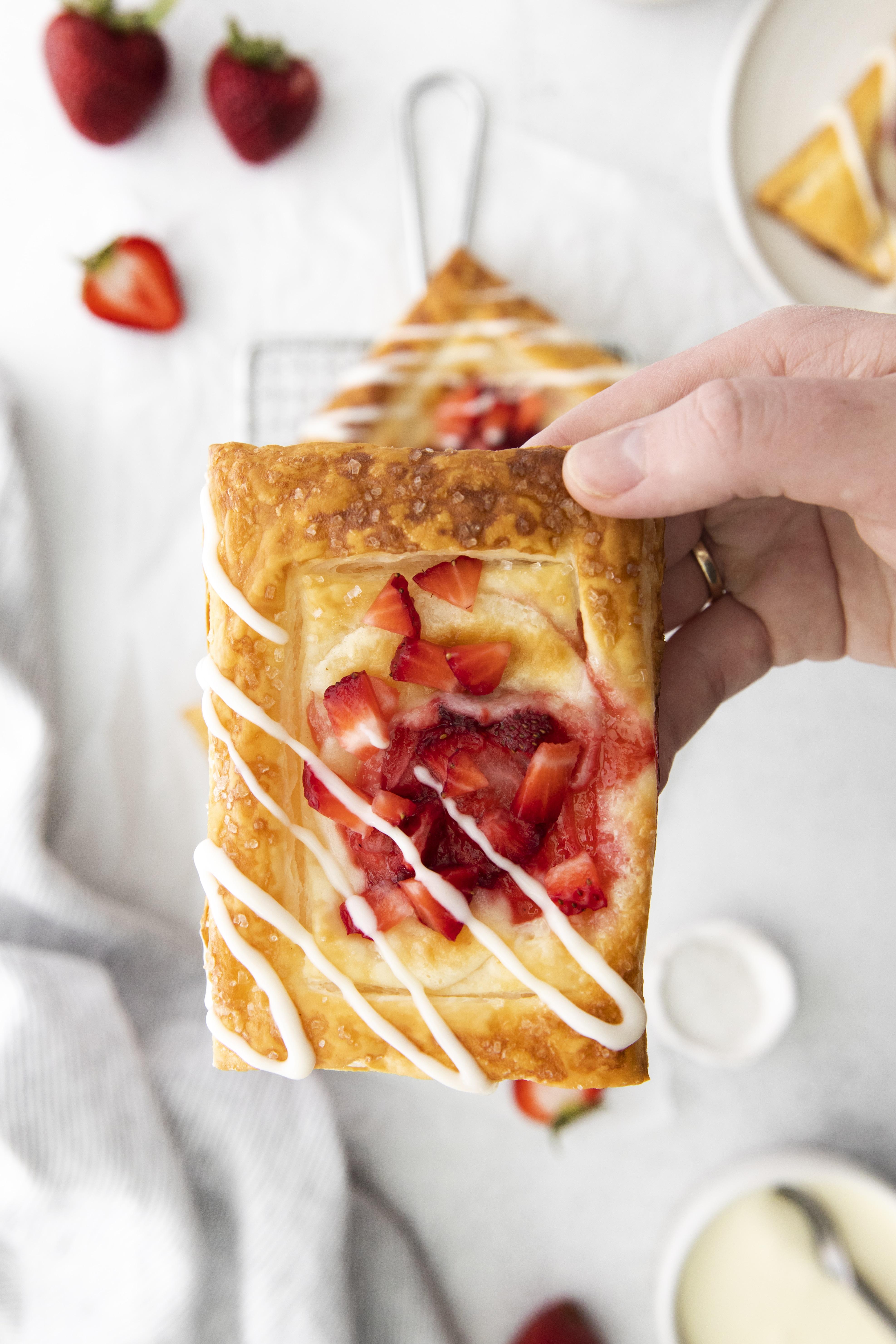 Stawberry cream cheese danish recipe (1)